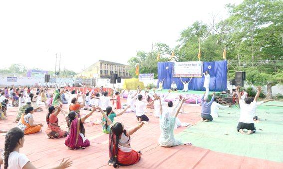 Free Yoga Camp at Durg, Chattis Gargh (9)