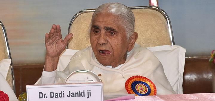 Rajyogini BK Dadi Janki giving her blessings to the delgates.